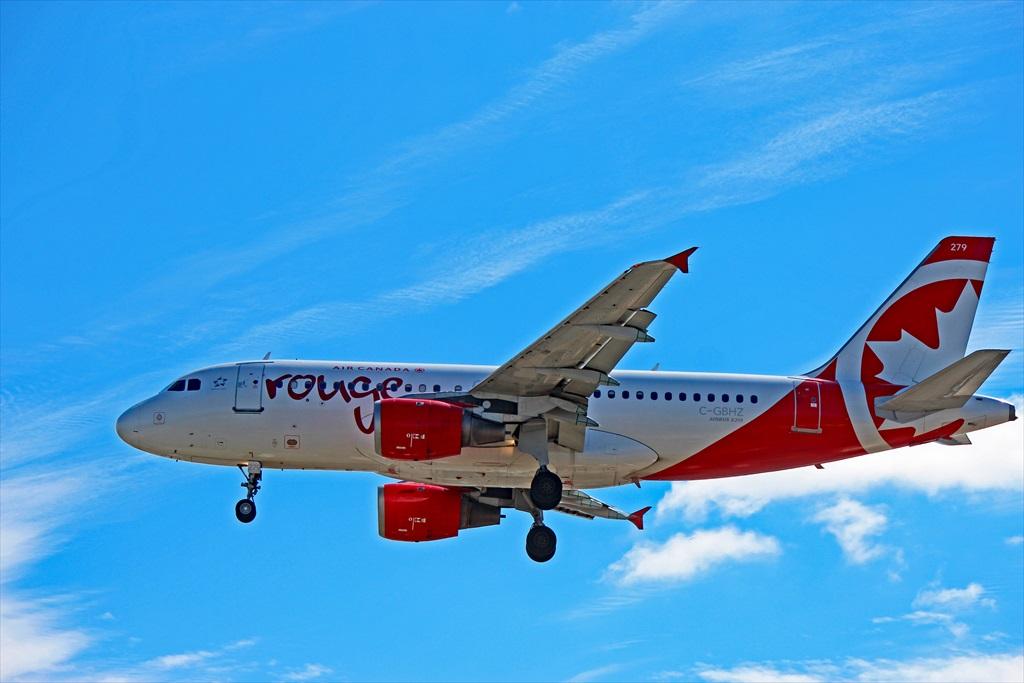 A319-100 Air Canada Rouge